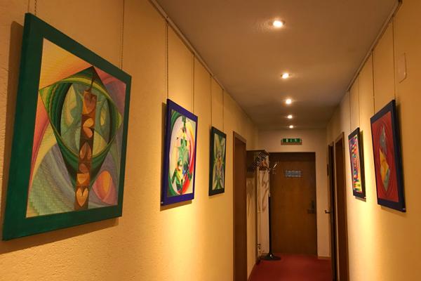 Ausstellung Herzpunkt Praxis Energiebilder Buergisweyerbad